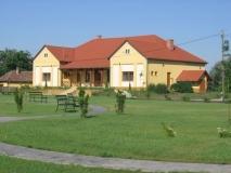 Vízparti Élet Háza és Természetvédelmi Oktatóközpont Farmoson